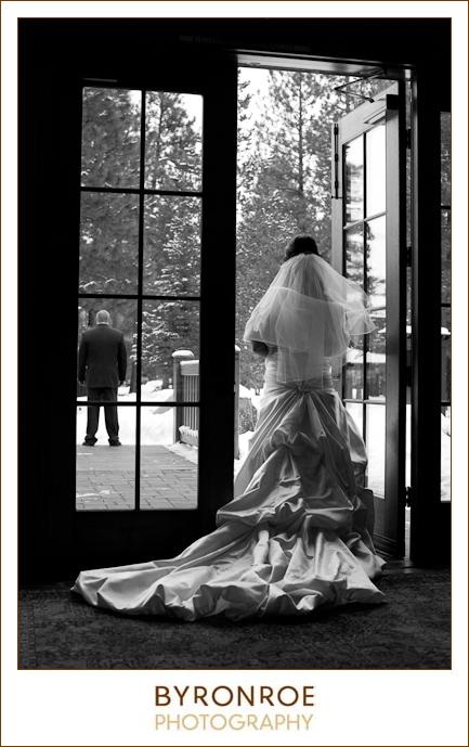 FivePine-Wedding-Sisters-OR-Tara-Michael-9
