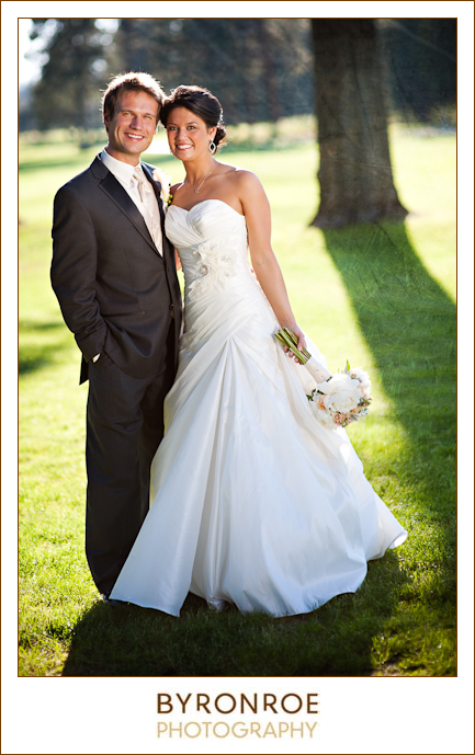 bend-golf-country-club-oregon-wedding-lizzymiro-2
