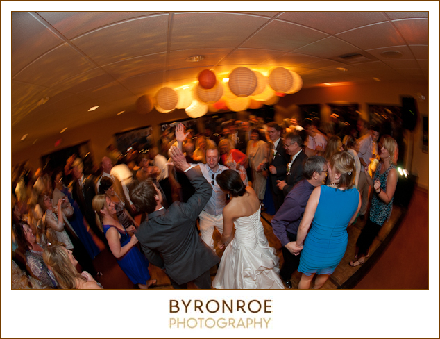bend-golf-country-club-oregon-wedding-lizzymiro-28