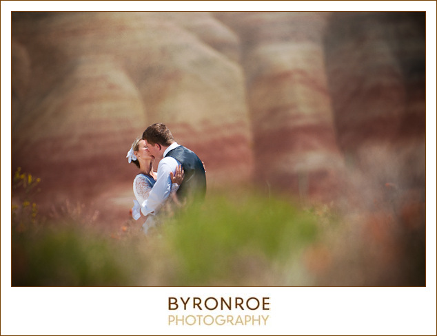 painted-hills-oregon-spray-wedding-photography-saramatt-4
