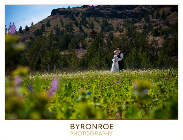 painted-hills-oregon-spray-wedding-photography-saramatt-8